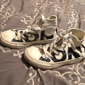 Off white converse Chuck hightop size 11 shoes